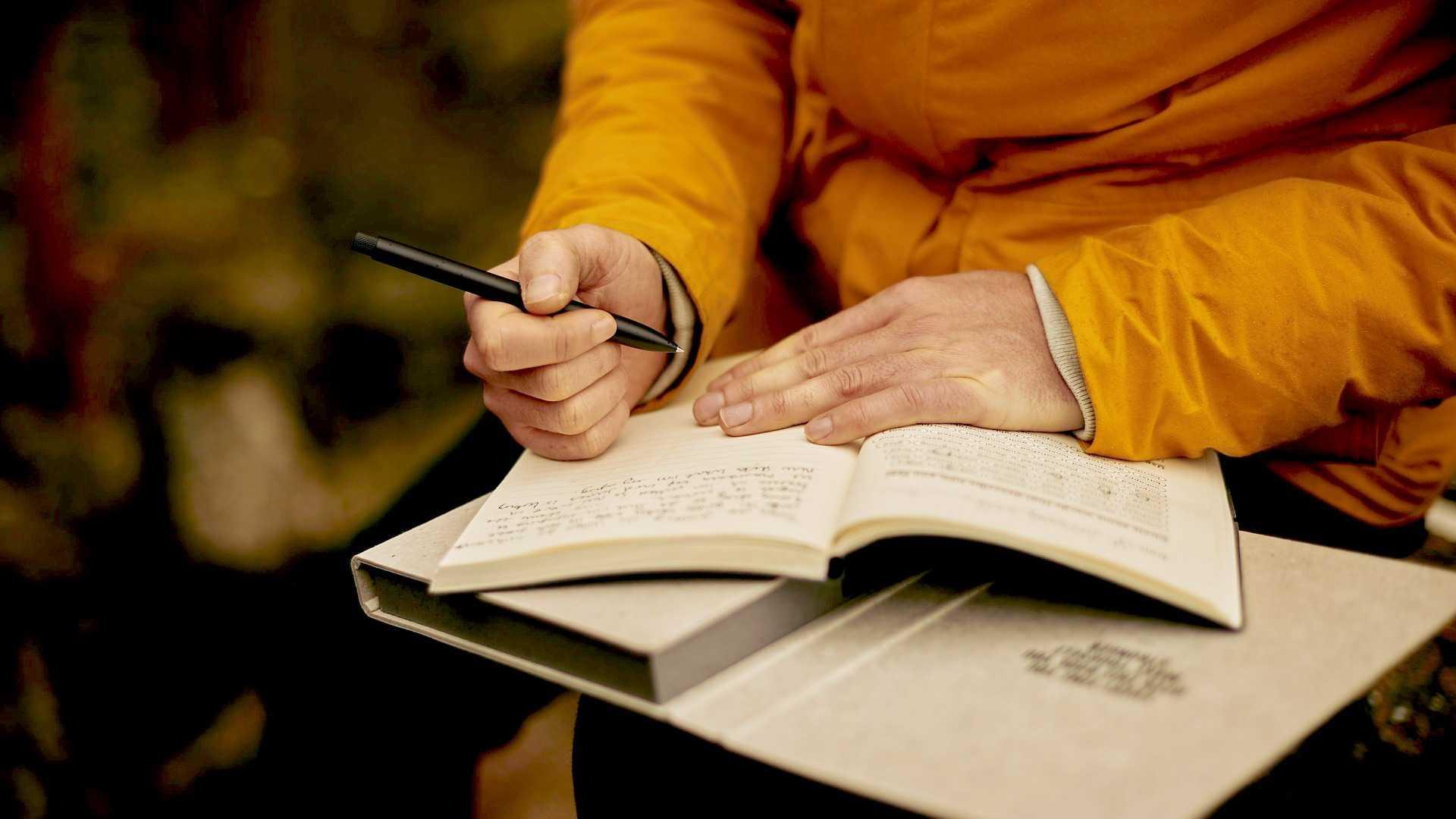 Biên tập viên sách: Công việc và thu nhập có tốt không?